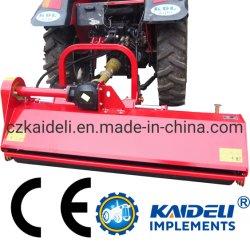 Fixation sur le tracteur tondeuse à gazon de la faucheuse d'herbe