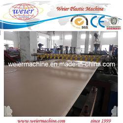 قوالب بناء CE WPC لوحات الرغوة خط الطرد / التشييد البلاستيكي ماكينة صناعة اللوح