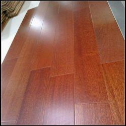 جتوبا (شيري برازيلي)، شجر خشبي صلب عازل للصوت