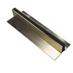 Joints de contrôle en laiton pour plancher en béton