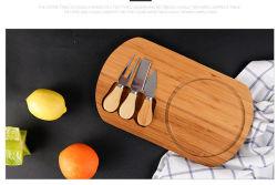 Planche à découper en bambou ensemble avec le couteau pour le fromage, des steaks, du pain d'ect