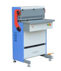 مشط بلاستيكي ماكينة خرم حلزونية الأسلاك للاستخدام الصناعي Super600