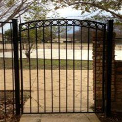 装飾用庭の自動滑走の錬鉄のゲート