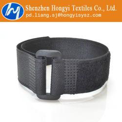 Nylon réglable Crochet et boucle les attaches de câble vers le bas l'attache