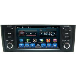 Dans le tableau de bord de l'unité GPS de voiture avec la radio pour Fiat Linea