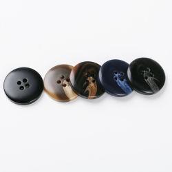 4 отверстий ВМС бежевого цвета печатаются пластиковые кнопки для одежды
