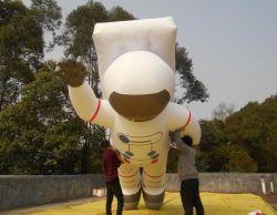 屋外広告のための巨大で膨脹可能な宇宙飛行士のヘリウムの気球の/Inflatableの宇宙飛行士モデル