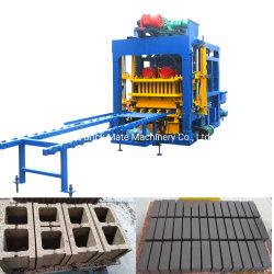 QT4-25 SPS-Steuerung Automatische Zementbetonblock-Spritzgussmaschine in Südafrika
