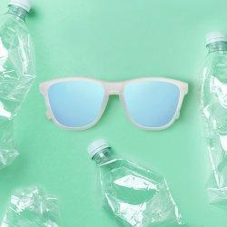 Gerecyclede, milieuvriendelijke plastic zonnebril met aangepast pakket
