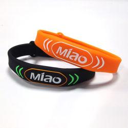 Бесплатный образец 13.56Мгц считывателем MIFARE 1K RFID силиконовый браслет Smart браслет теги