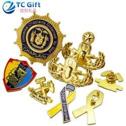 Personaliseerde het Gouden Plateren van de Legering van het Zink van de Douane van de fabriek 3D Levering van het Embleem toekent Militair Leger ons Politie het Eenvormige Kenteken van de Ambachten van het Metaal van de Herinnering van de Sport van de School van de Spelden van de Revers