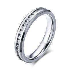 925純銀製のリングと結婚する値の約束の卸売の宝石類CZ