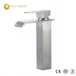 デッキによって取付けられるミキサーの浴室の滝の真鍮の蛇口の立水栓のステンレス鋼の洗面器のミキサー