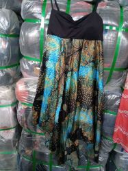 Usato coprendo il più popolare dei vestiti africani della seta del germoglio delle signore