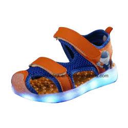 LED-helle nachladbare Schuhe der neue Art-beiläufigen Kinder