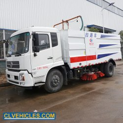 Dongfeng la piste de l'autoroute Airport Road Sweeper Cleaner chariot