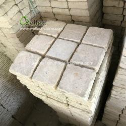 Les Chinois ayant chuté de terminer la pierre calcaire de couleur beige de galets sur Mesh pour pavage de plein air