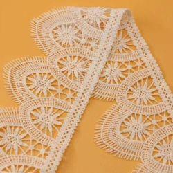 Nuovo merletto del cotone del ricamo di alta qualità di disegno per l'indumento