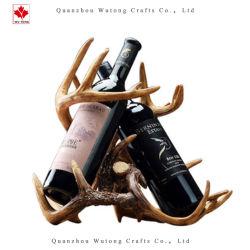 De Fles van de douane aan het Rek van de Wijn van de Hars van het Beeldje van de Geweitakken van Herten