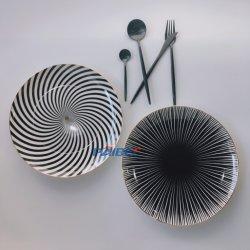 Venda quente bom jantar Bone China conjuntos de placas de ouro de estilo ocidental Dinnerware Casamento Conjuntos de louça de mesa