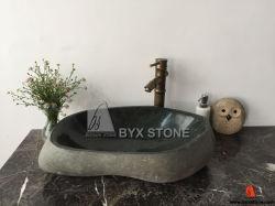 浴室の家具のための灰色の川の石の不規則な形の流し