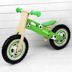 La conception de football de bonne qualité de l'équilibre de vélo en bois