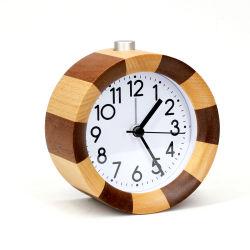 Sveglia da tavolino di legno del mini dell'ago Kh-Wc022 movimento Analog silenzioso rotondo del quarzo per la camera da letto
