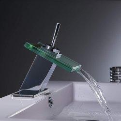 Chute d'eau du robinet avec lavabo en verre trempé Bassin à poignée unique robinet mélangeur