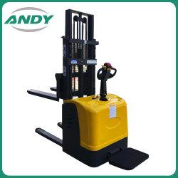 Remise de matériel de chargement du conteneur de la batterie de levage hydraulique Mini télescopique empileur de palettes Chariot élévateur électrique de la palette d'équipement de levage