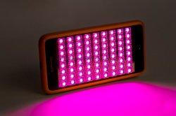 가장 새로운 디자인 LED 전화는 휴대용 반대로 여드름 장치 소형 LED 가벼운 치료 위원회를 좋아한다