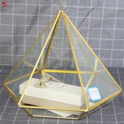 기하학적 유리 피라미드 웨딩 링 홀더 박스