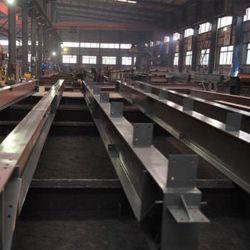 إنتاج وتصميم مبنى كبير الحجم فائق الارتفاع وفائق الوزن من الفولاذ