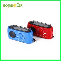 플래쉬 등과 음악 플레이어 의 SD 카드 구멍을%s 가진 태양 강화된 라디오 FM/Am/Sm/Noaa와 가진 다이너모 수동 크랜크 라디오