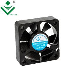 50X50X15mm Gleichstrom-Kühlventilator-lärmarmer waagerecht ausgerichteter mini axialer Hochgeschwindigkeitsplastikabsaugventilator hergestellt in China