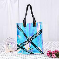 女性はショッピング・バッグ透過PVC浜のハンドバッグのカスタムロゴによって曇らされるショッピング・バッグの防水大きいプラスチックギフト袋を取り除く