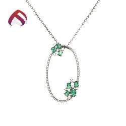 エメラルドの半宝石用原石925の純銀製の宝石類の楕円形の吊り下げ式のネックレス