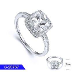 Nuevo Diseño Venta al por mayor 925 Joyería de Plata Diamante CZ Bisutería Anillo de Bodas Solo para mujeres