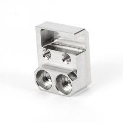 Précision du moteur d'aluminium métal CNC personnalisé moto voiture camion Automobile automatique de rotation du moteur de rechange de machines de machine à fraiser des pièces de voiture