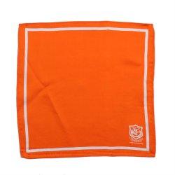 وشاح بلون برتقالي ثابت باللون البرتقالي 100% من الحرير، مربع ملون، يد فاخرة صُنع