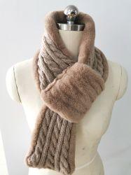 Form-Winter-Fälschungs-Pelz-strickender Schal der Frauen mit speziellem Kabel