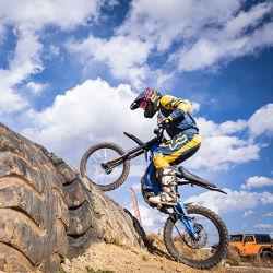 Alto potere 60V 5000W 32ah che corre la bici elettrica adulta 120km della sporcizia del motociclo fuori dalla bicicletta elettrica della strada