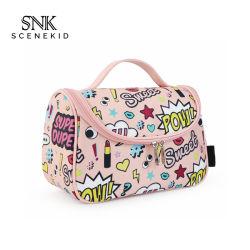 Viagens grossista travando Cosméticos Bag Nylon, à prova de água de lavagem de Higiene Pessoal Cartoon Makeup Bag