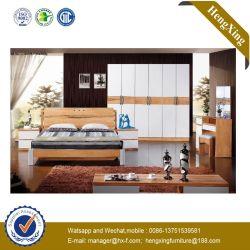 中国の木のホテルの寝室の居間の家具のSize Bed一定のマッサージのマットレスのソファーの倍王