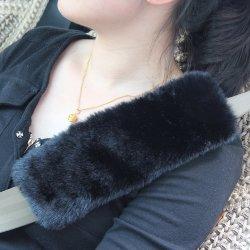 La peau de mouton en peluche tampon Auto cache de ceinture
