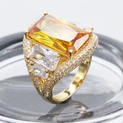 Ventes en gros de belles cocktail bijoux Centre de l'anneau de pierre avec Zircon jaune en laiton