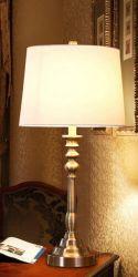 Amercial Lámpara de sobremesa de bronce para 3195-T