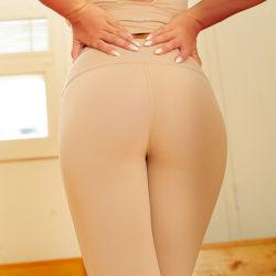 Athletic Stretch Hot Sale Mujer Yoga pantalones de nylon de alta calidad Leggings