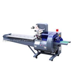 L'alimentation automatique/Hardware/produit électronique/Outil/Articles de papeterie/dentifrice oreiller de film plastique Machine d'emballage du type de flux