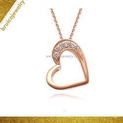 L'homme en Argent Sterling personnalisés bijouterie collier pendentif avec le coeur de la conception