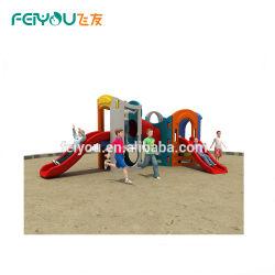 Kid Play House en plastique de la diapositive Play House jouets huit dans une aire de jeux